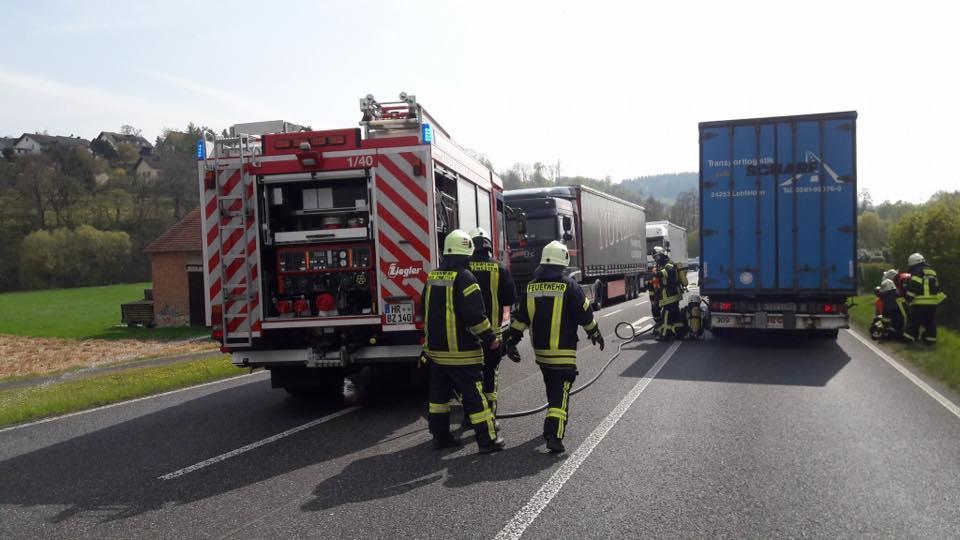 F 3 – Brennt Reifen an LKW
